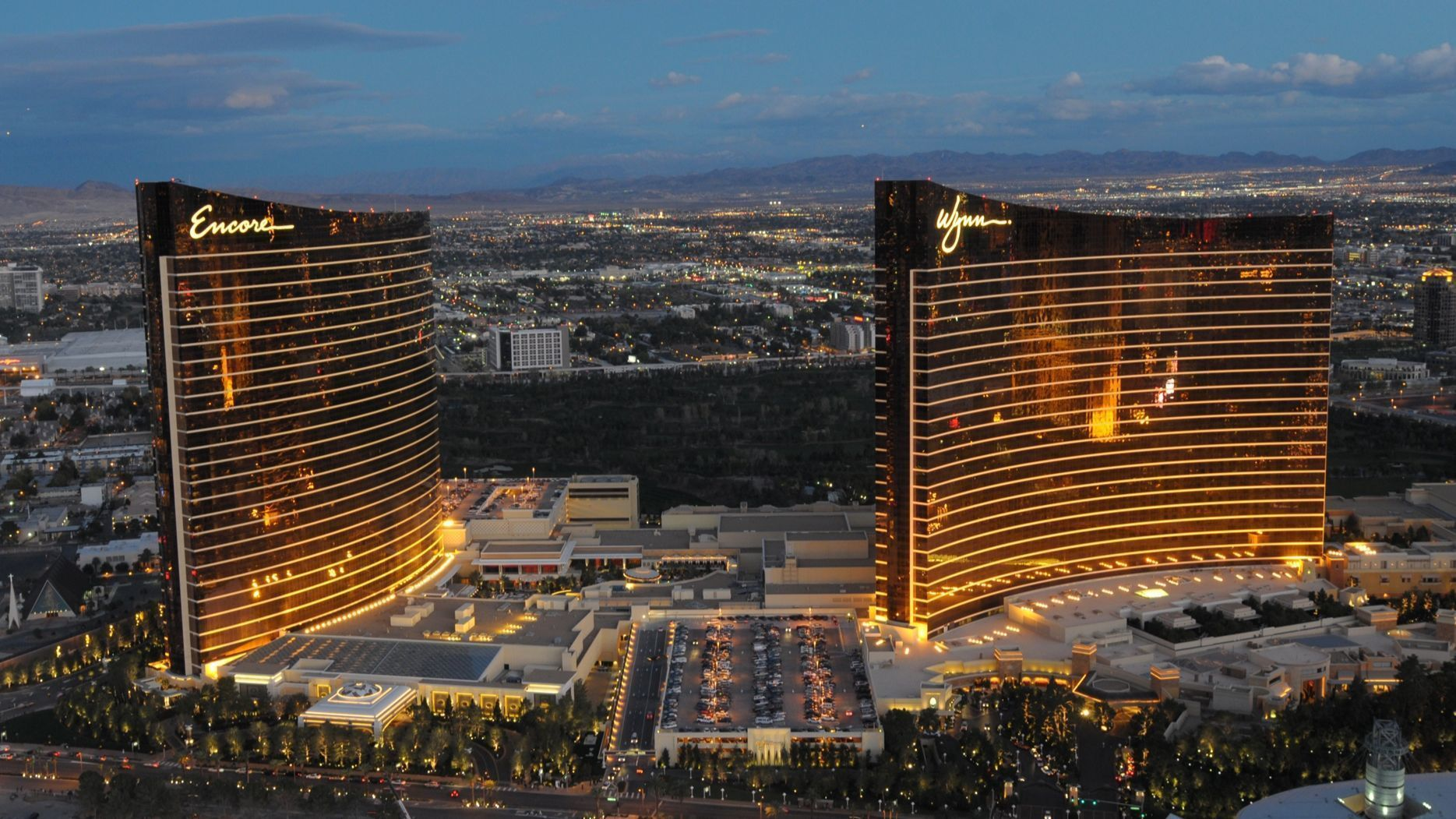 conde nast traveler readers choose wynn as best las vegas. Black Bedroom Furniture Sets. Home Design Ideas