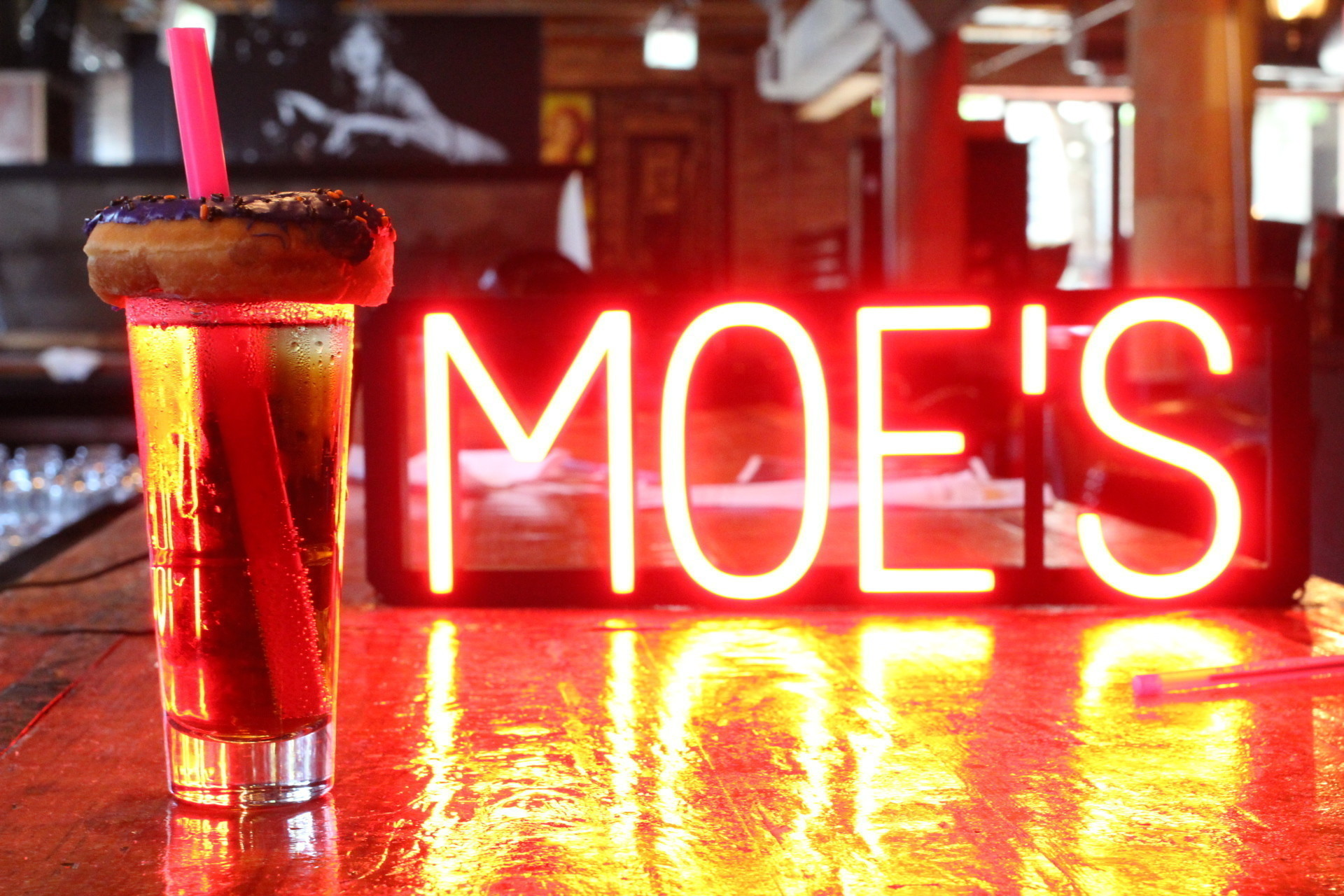 'Hey, Homer!': Moe's Tavern-themed pop-up bar comes to Lincoln Park for Halloween