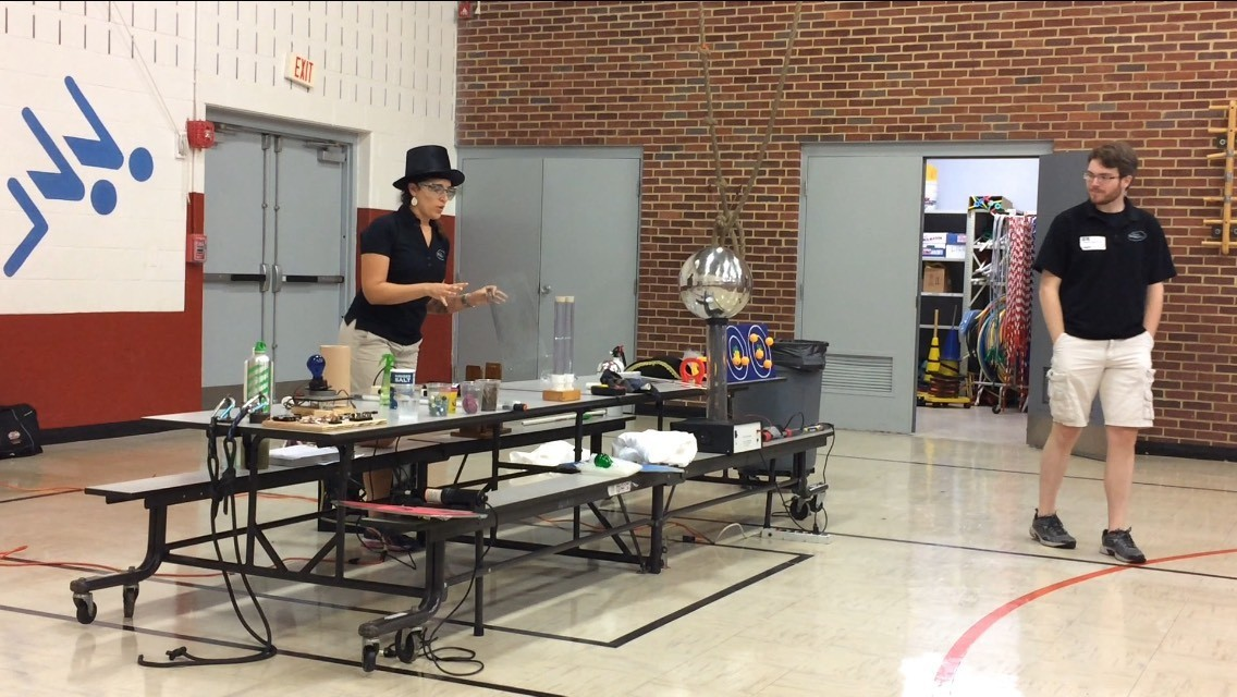 Maryland Science Center brings electricity-themed presentation to Mount Airy Elementary School