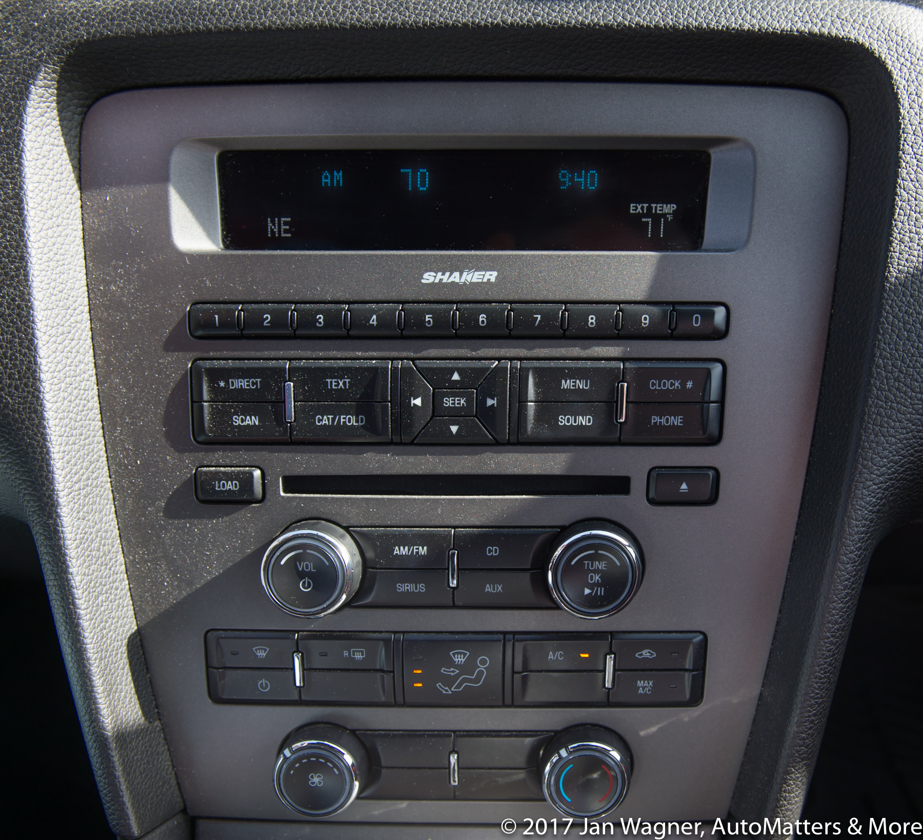 Outdated Ford Mustang audio system