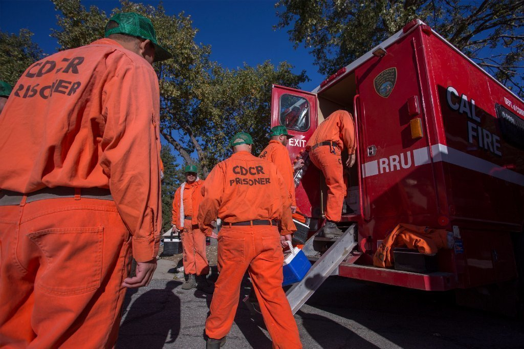 For $1 an hour, inmates fight California fires. 'Slave labor' or self-improvement?