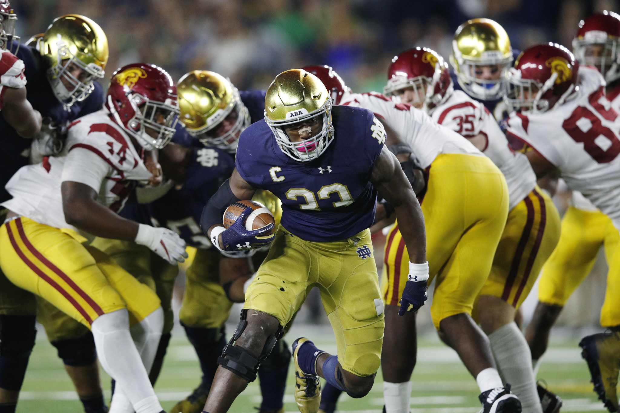 USC doesn't put up much of a fight in 49-14 loss to Notre ...