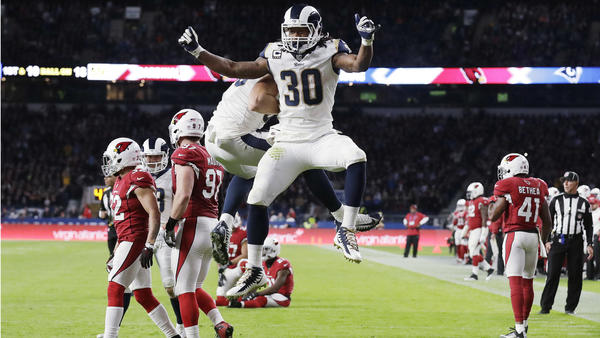 Rams Rout Giants 51-17 on Goff 4 TDs