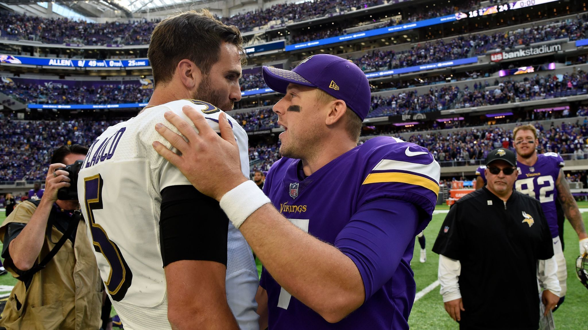 Bs-sp-preston-ravens-must-win-thursday-against-dolphins-20171023