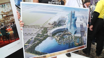Seminole Hard Rock Hotel & Casino builds new guitar-shaped hotel tower