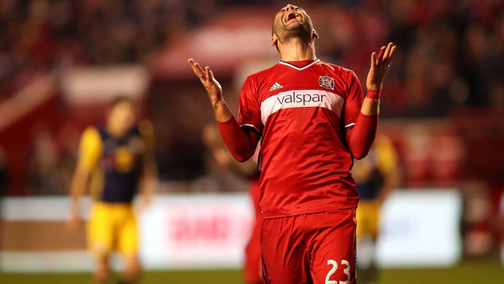 Ct-hoy-chicago-fire-bid-farwell-to-the-playoffs-thrashed-by-red-bulls-20171026
