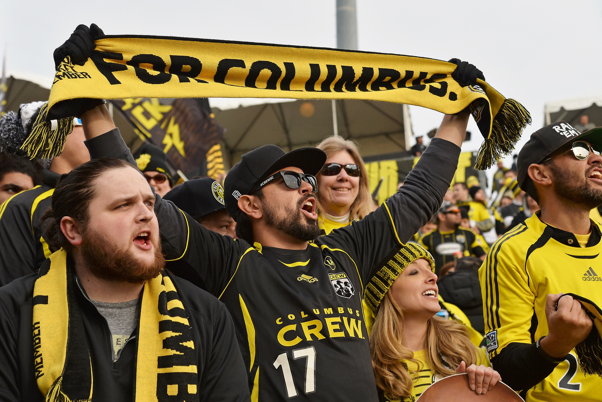 Ct-hoy-columbus-crew-changes-position-will-offer-refunds-20171026