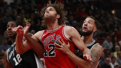 Robin Lopez details his Britney Spears fandom: 'You've got to respect Britney'