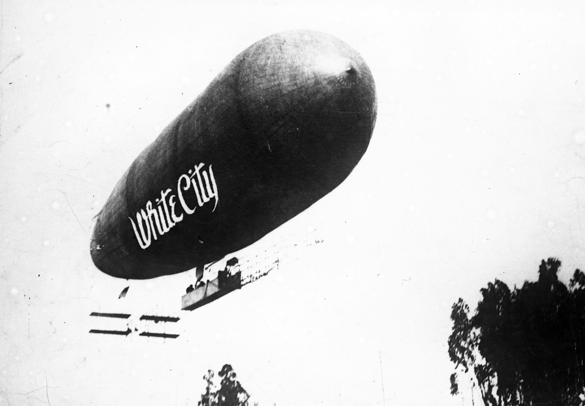 Balloon Tour Over Chicago