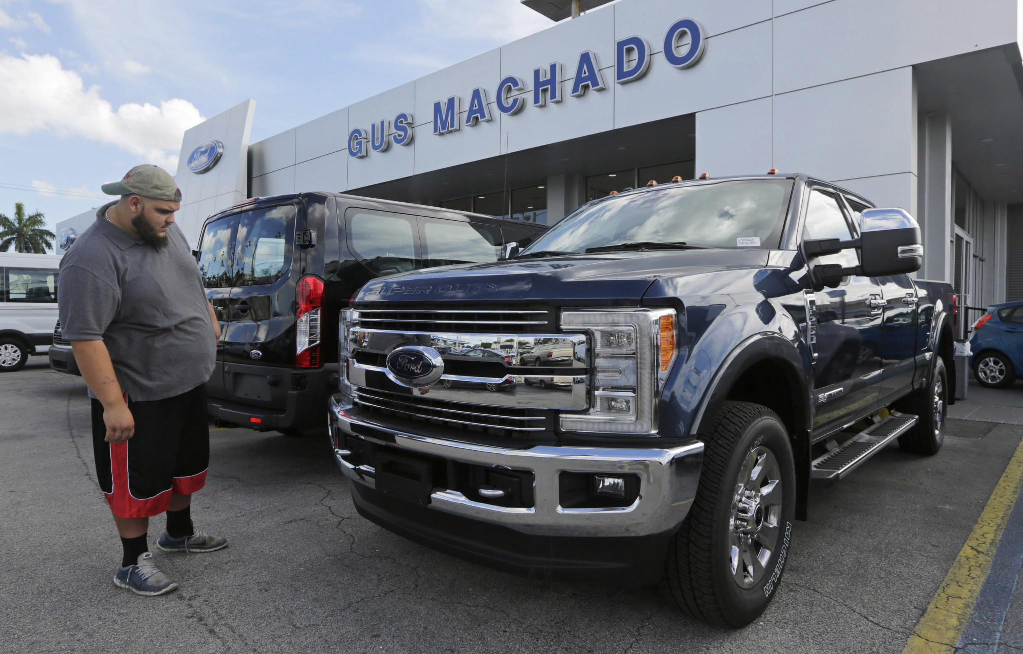 Ford posts big sales jumps for October as Fiat Chrysler GM report