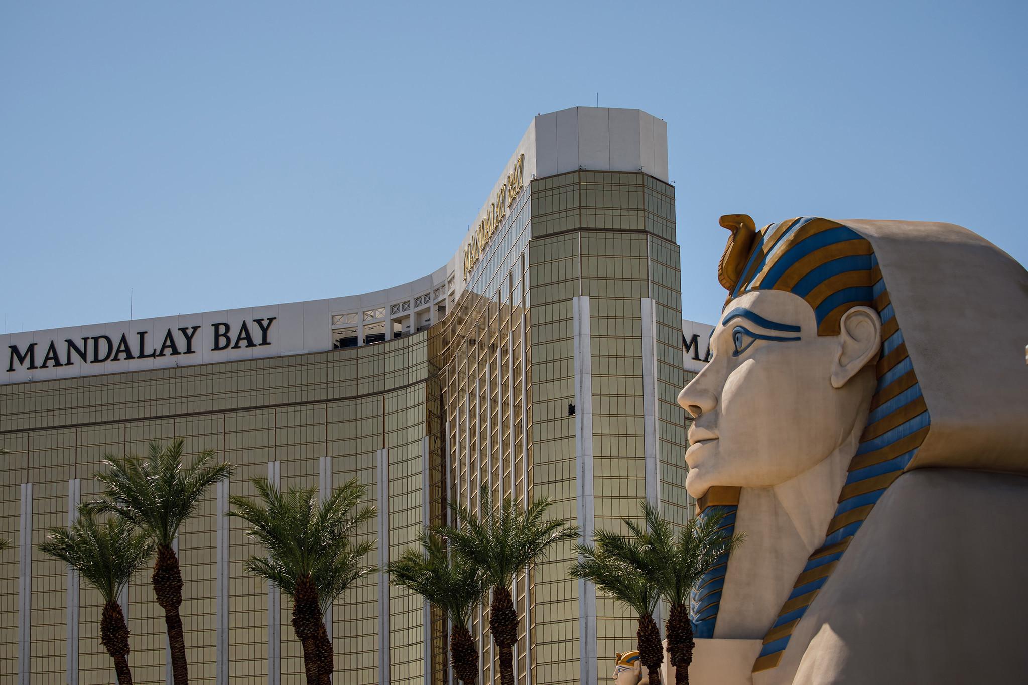 After Vegas, should hotels have metal detectors? - Chicago Tribune