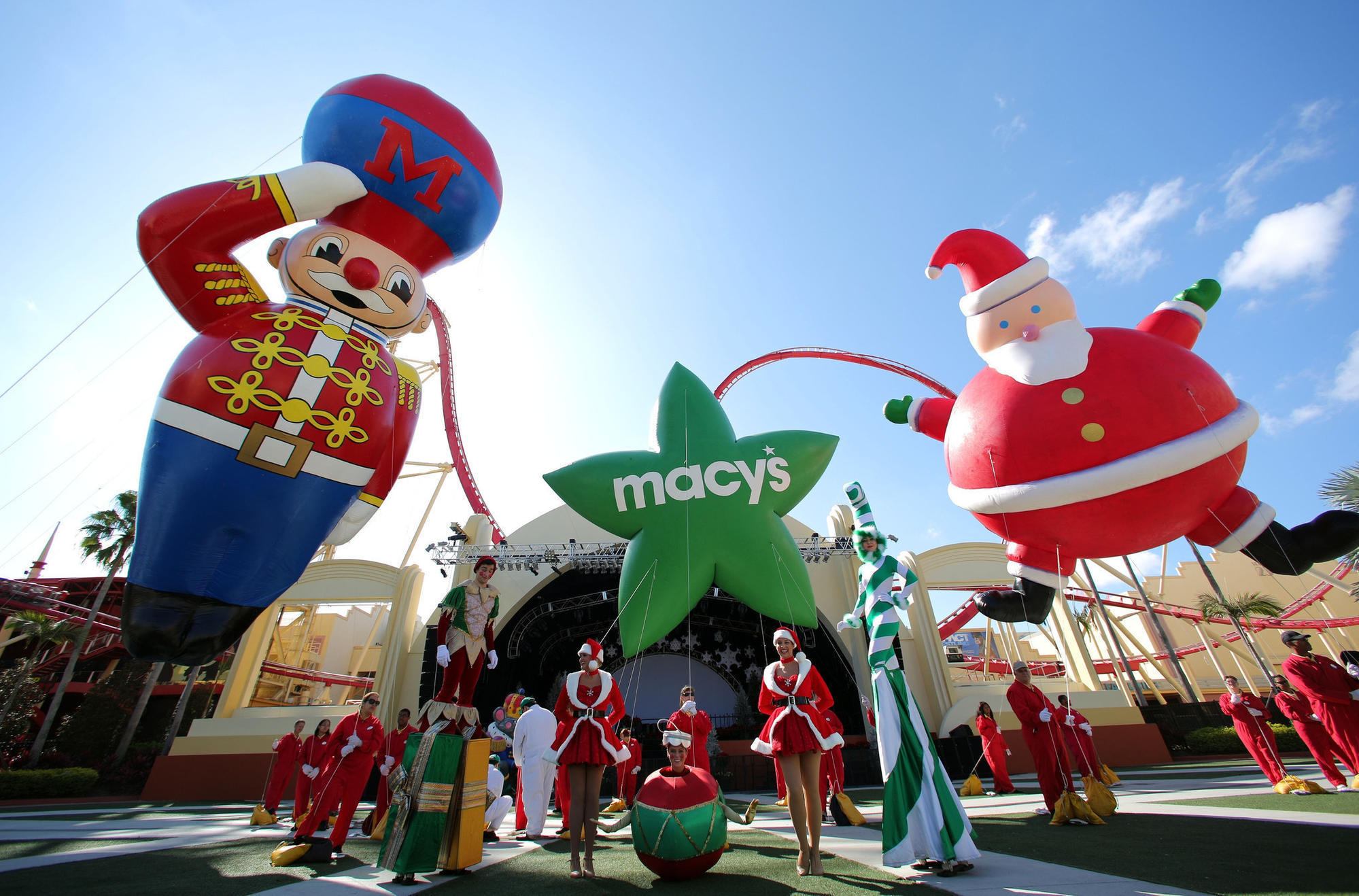 Florida lines up ice, snow, parades and more for the holidays ...