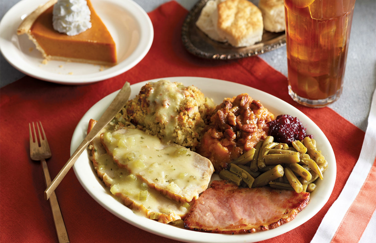 18 chain restaurants that will be serving thanksgiving for What to serve for thanksgiving lunch