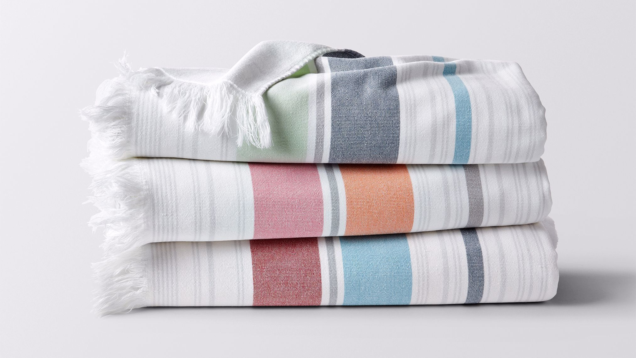 Bolinas beach towels from Coyuchi. $78. Photo credit: Coyuchi