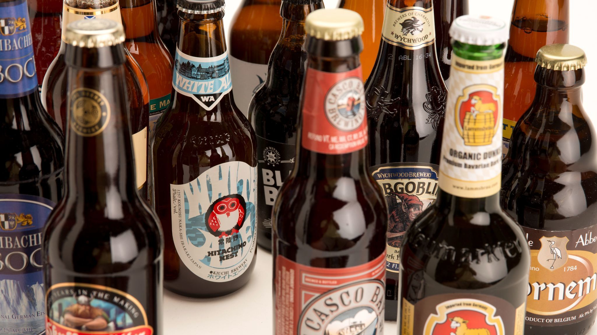 Microbrewed beer club offers best of the month for Craft beer month club