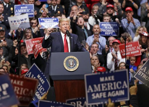 (Mark Humphrey / Associated Press)