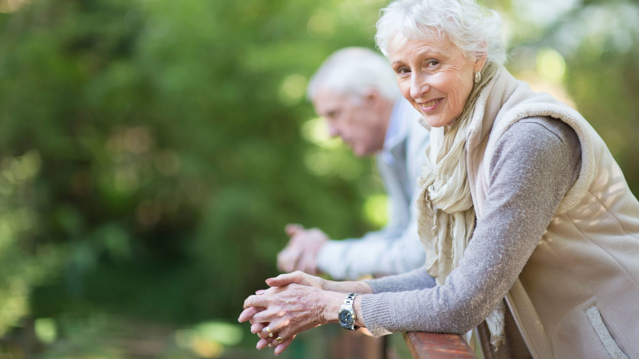 Thinking of buying long-term care insurance? Consider these costs