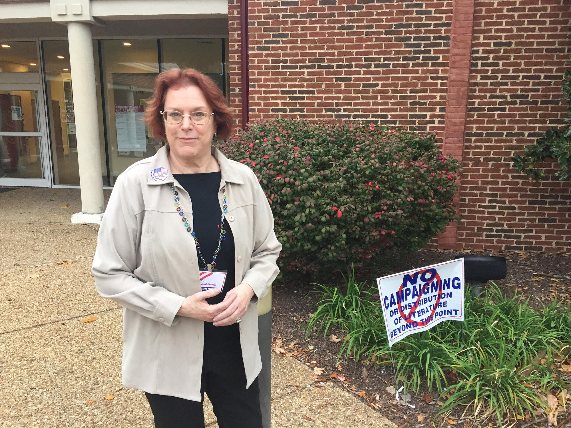 Hilton precinct chief Suzanne Pearson said 963 voters had cast ballots by 3:20 p.m.