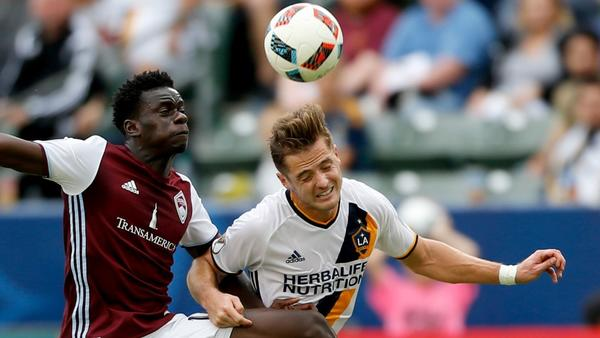 Robbie Rogers, first openly gay male to play professional sports in U.S., announces retirement