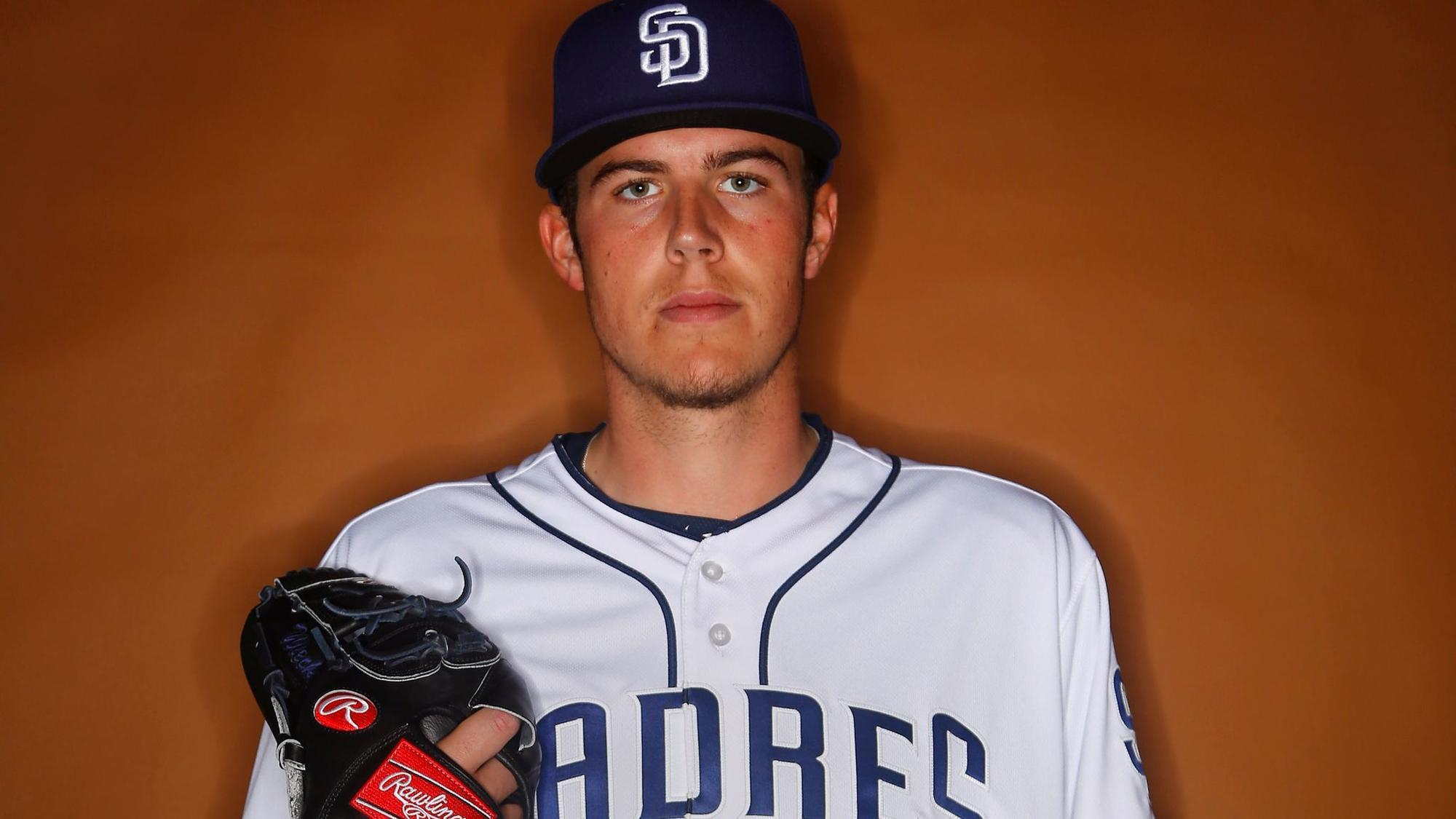 Sd-sp-padres-40-man-roster-addition-candidates-20171109