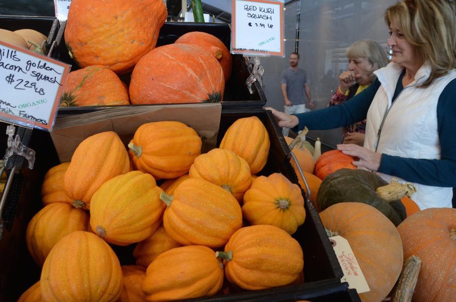 Oxbow Public Market, Napa. (Christopher Reynolds / Los Angeles Times)