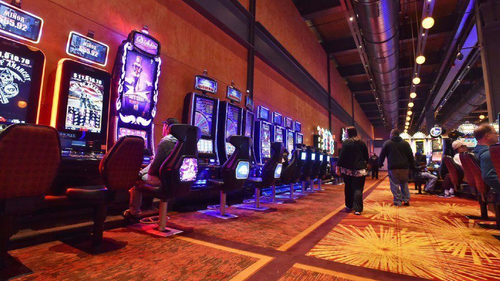 Slot machine strategies casinos