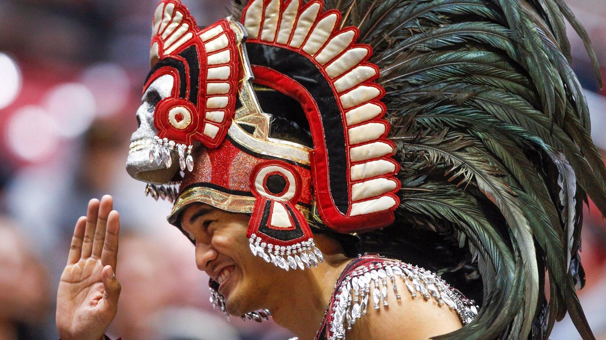 Sd-sp-canepa-sezme-aztecs-1112