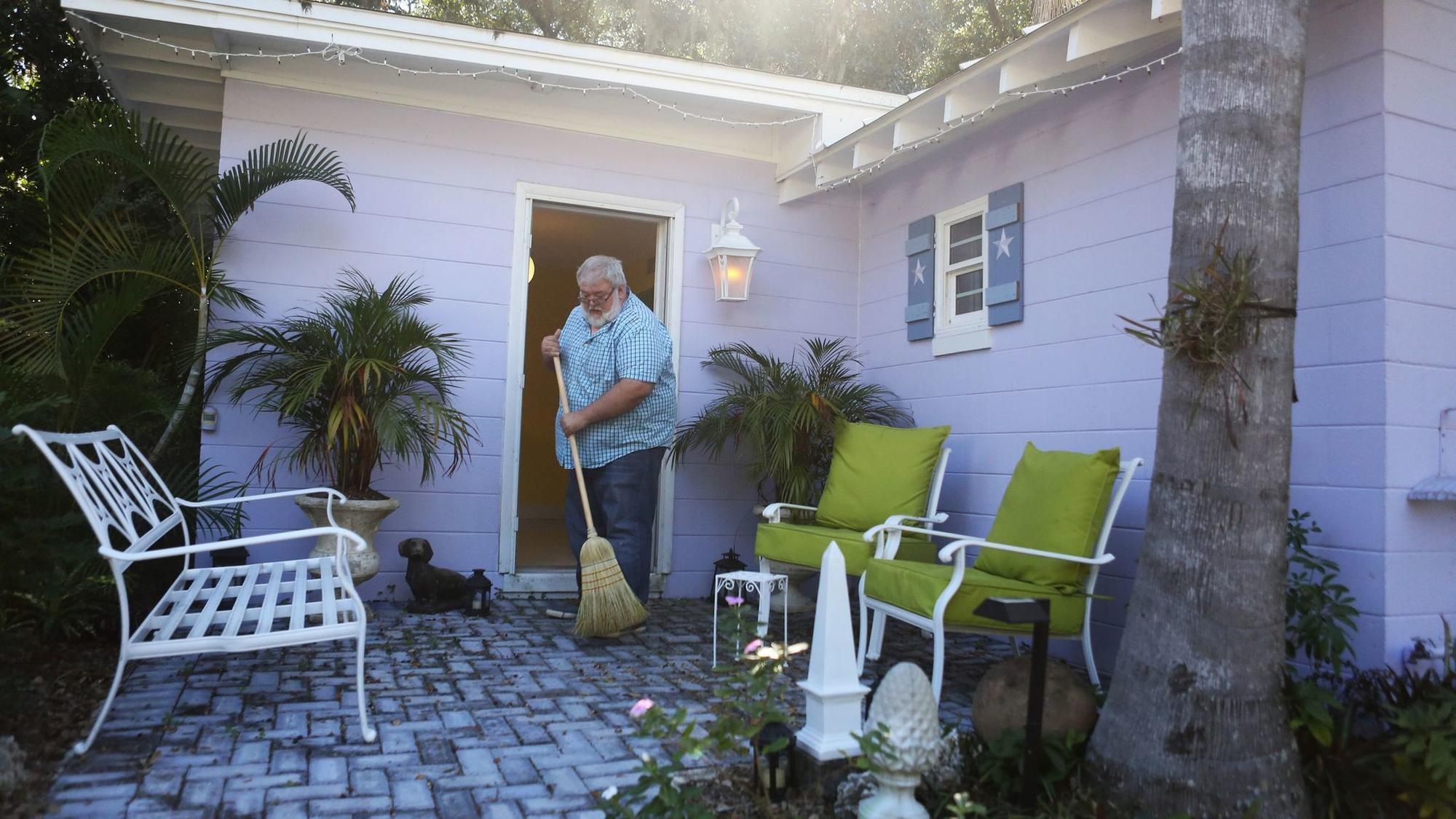 Orlando Could Require Home Sharers To Be At Home Orlando Sentinel