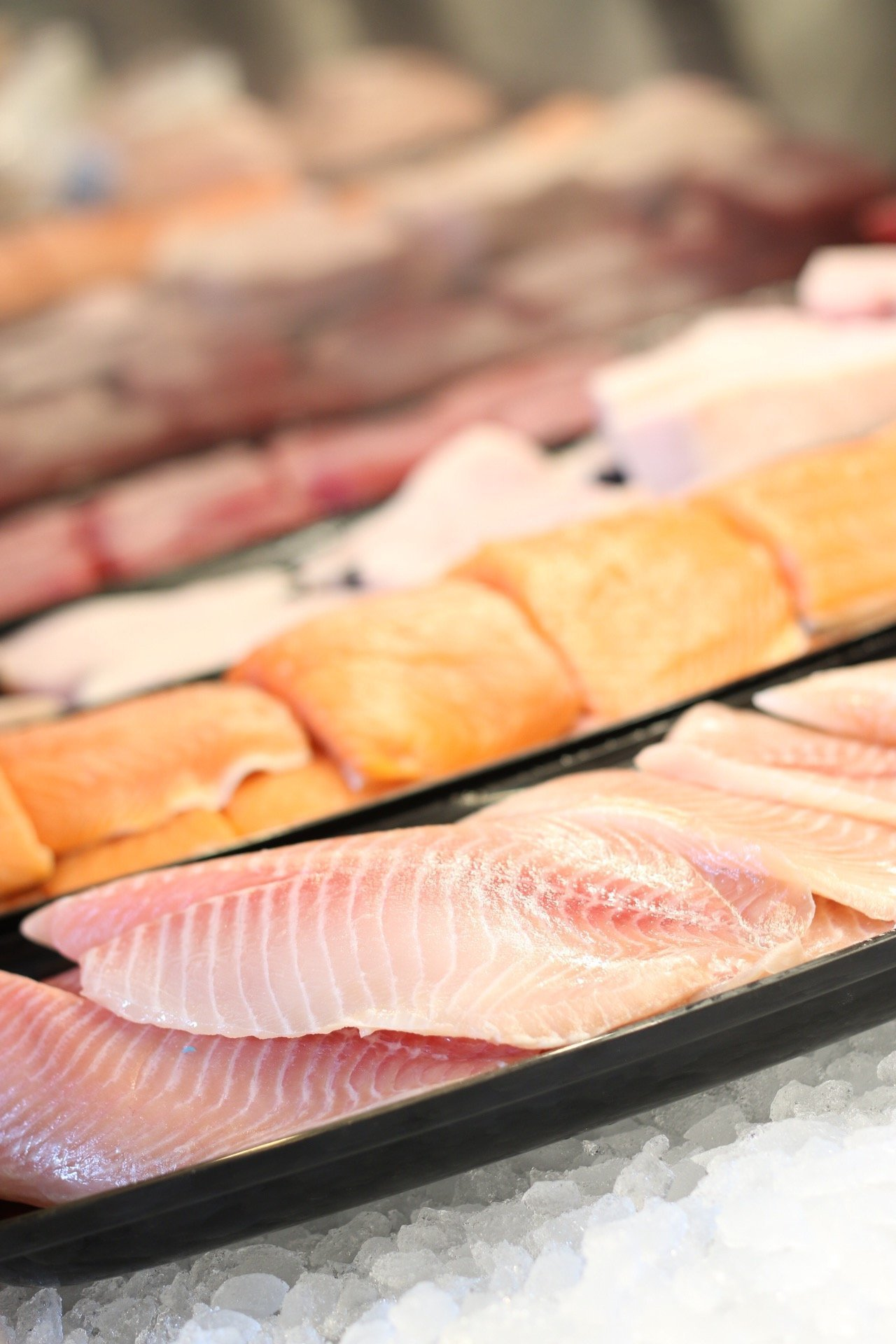 Seafood restaurant market debuts in carlsbad village for Fish restaurant carlsbad