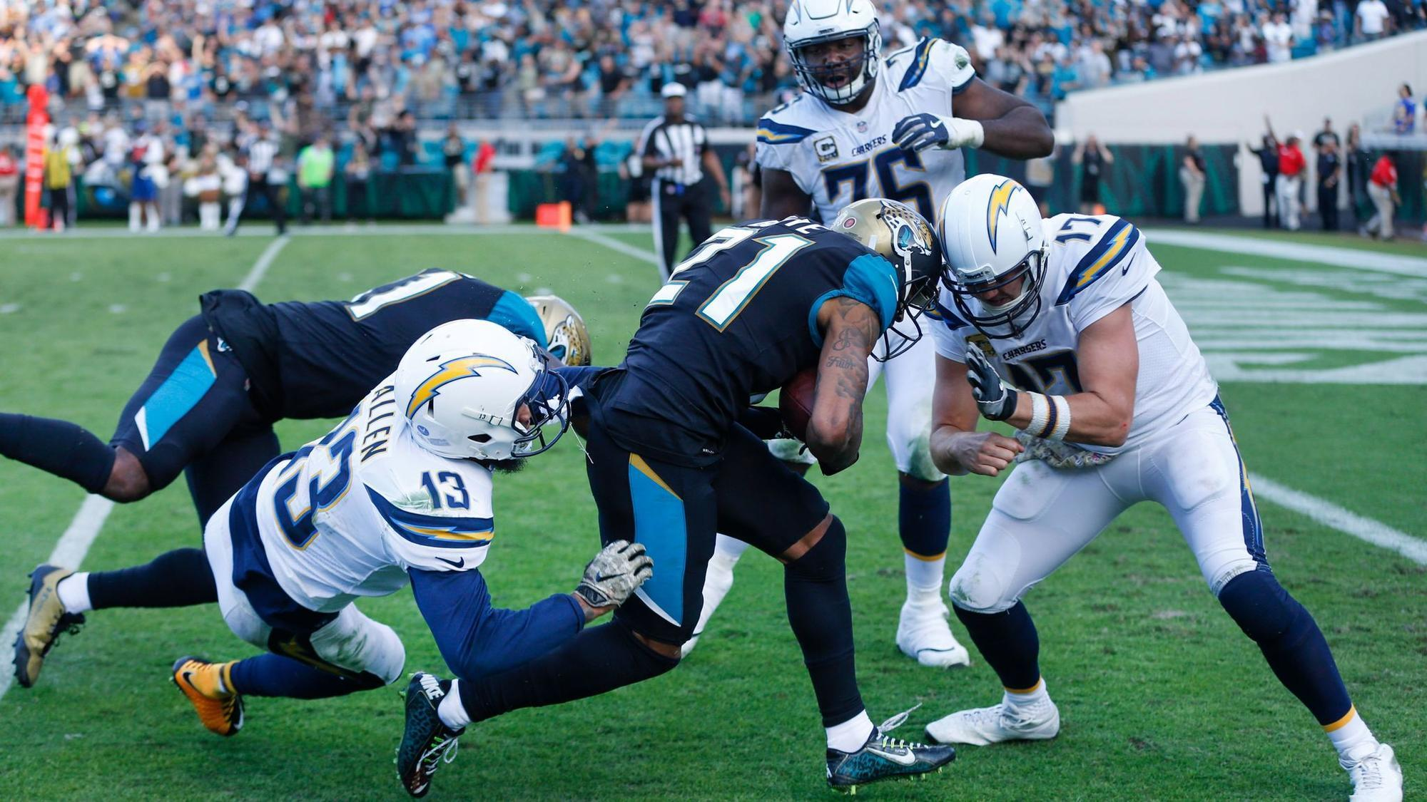 Sd-sp-chargers-philip-rivers-still-has-some-good-nfl-traits-and-should-stick-with-chargers-for-at-least-another-year-20171114
