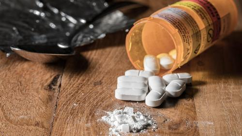 Prescription drug deaths keep rising in Florida