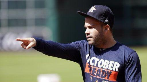 Bs-sp-altuve-shows-why-baseball-stands-tall-20171117
