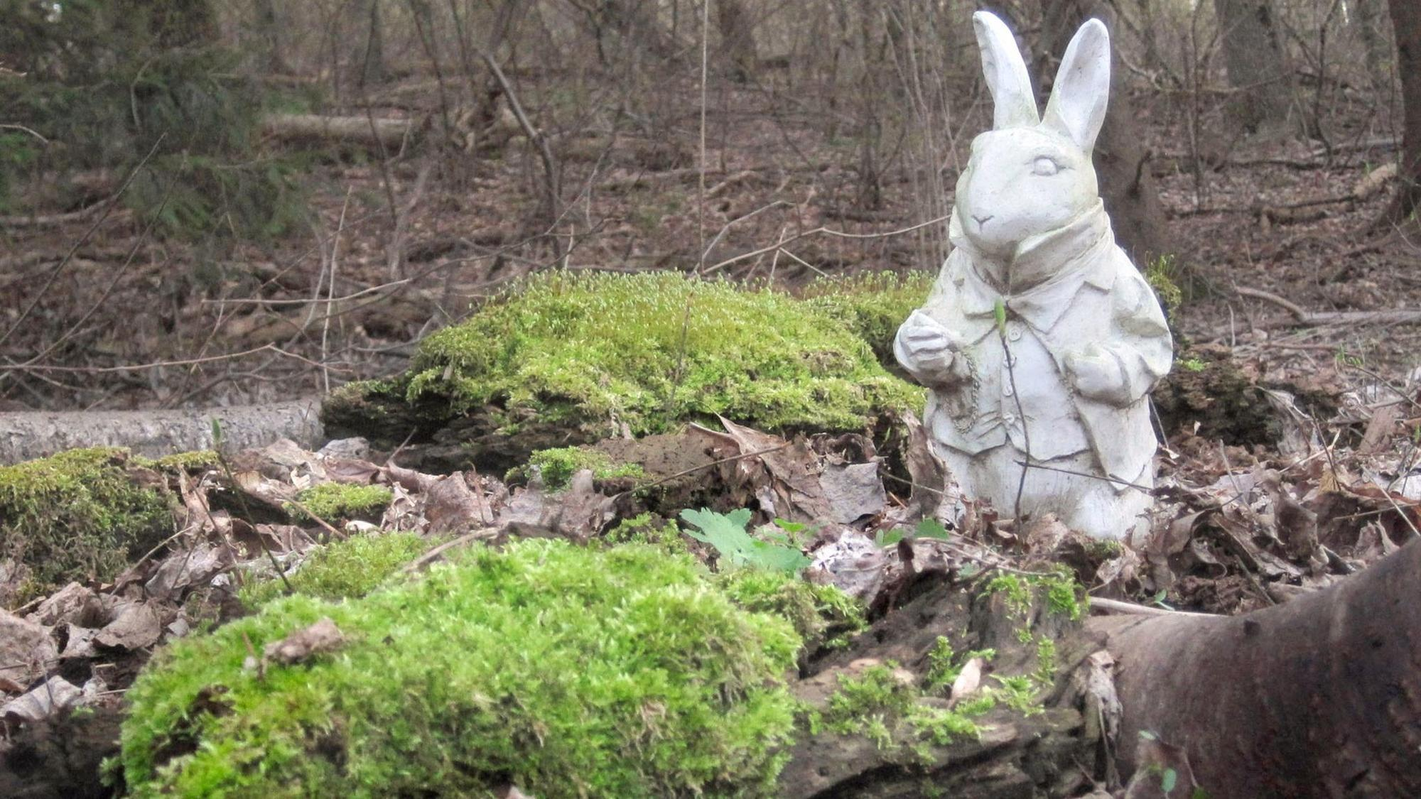 Gardening: Time To Protect Garden Statuary, Pottery And Wood Furniture    The Morning Call