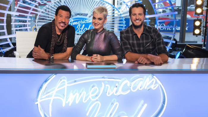 'American Idol' gets off to early start during 2017 American Music Awards - LA Times