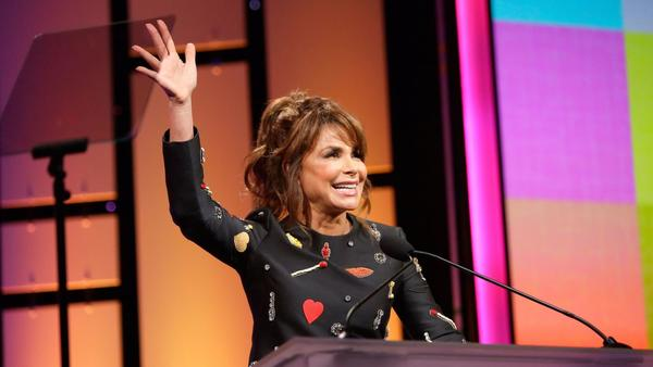 Annual 'Hollywood Bag Ladies Luncheon' hosted by Paula Abdul raises $300,000 to battle lupus