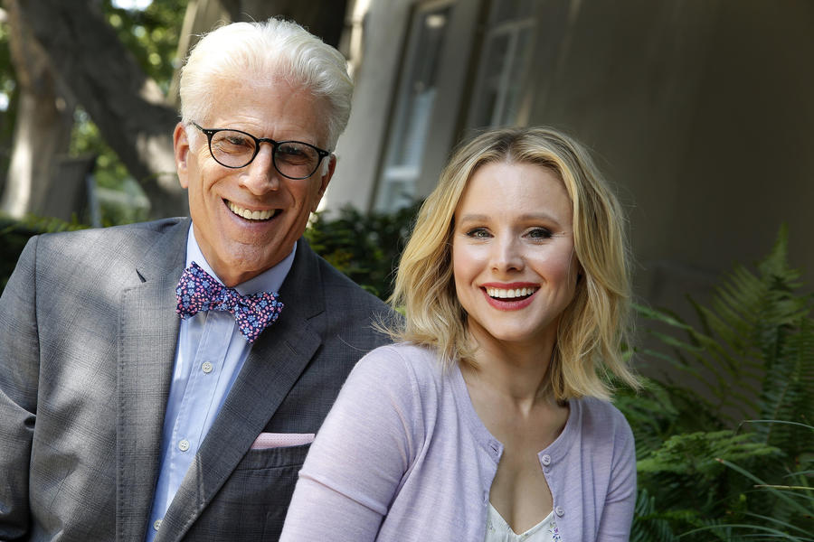 Kristen Bell and Ted Danson stars of