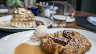A Doable Holiday Dessert From Max Downtown: Apple Crostata
