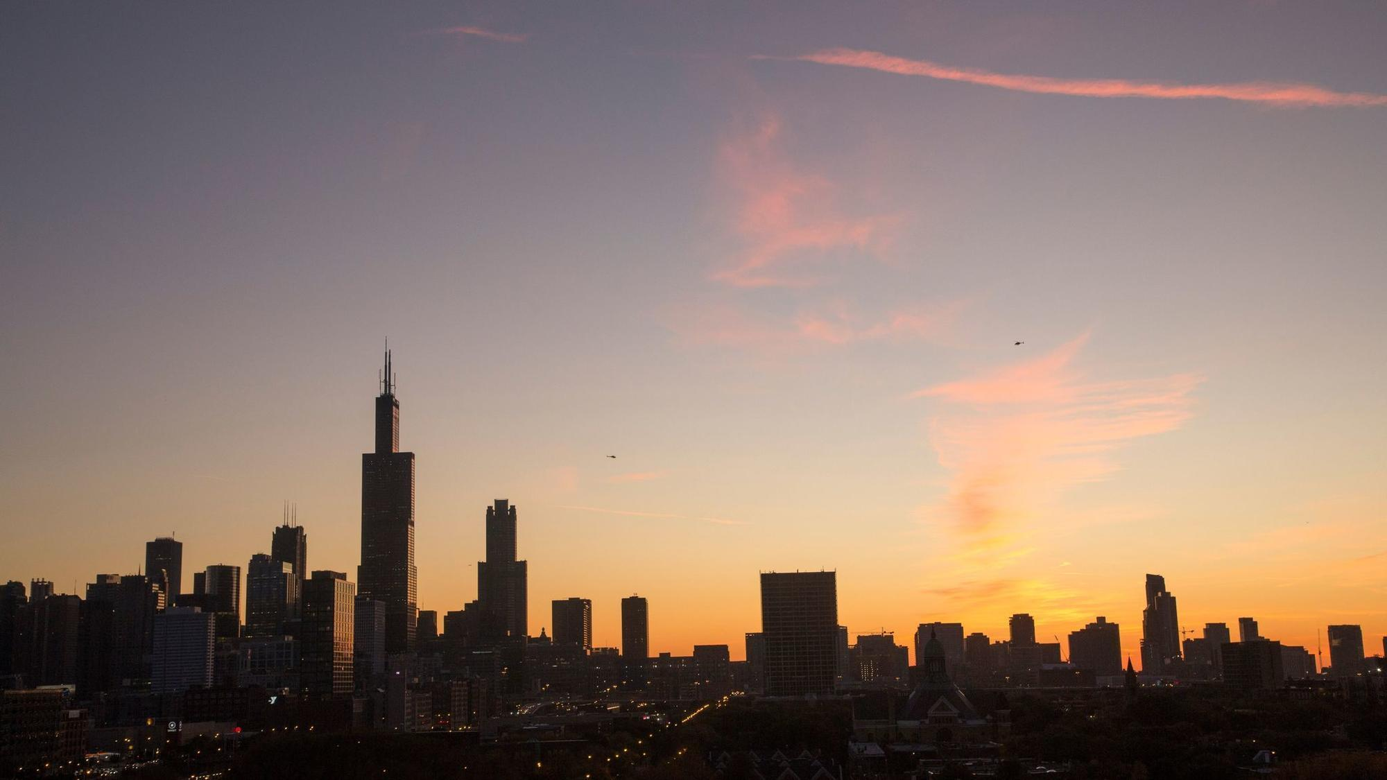 Chicago area adds jobs as local unemployment rate falls below 5% for first time in 10 years