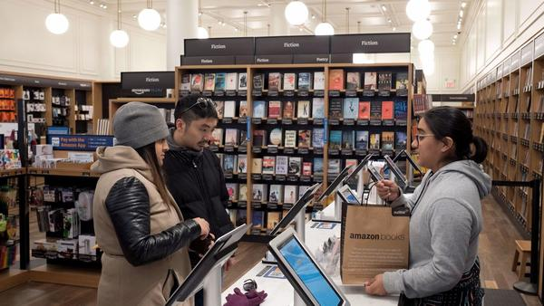 Amazon goes brick-and-mortar for the holidays — and other retail trends