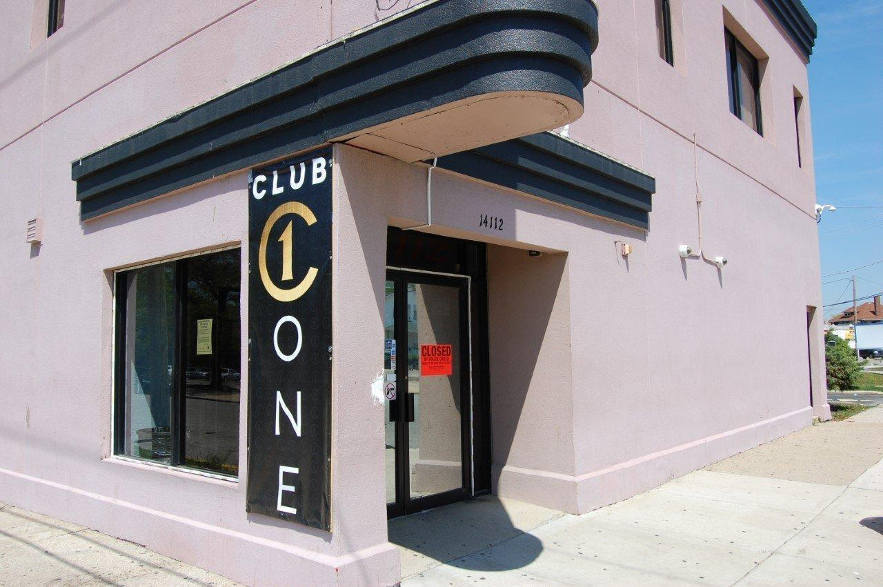 Ex-tenant tipped state liquor agency to Dolton nightclub's troubles before Mother's Day shooting: emails