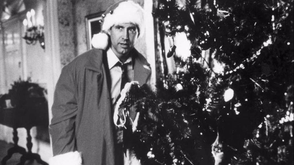 movies christmas on the screen at frank banko and civic the morning call - Black And White Christmas Movies