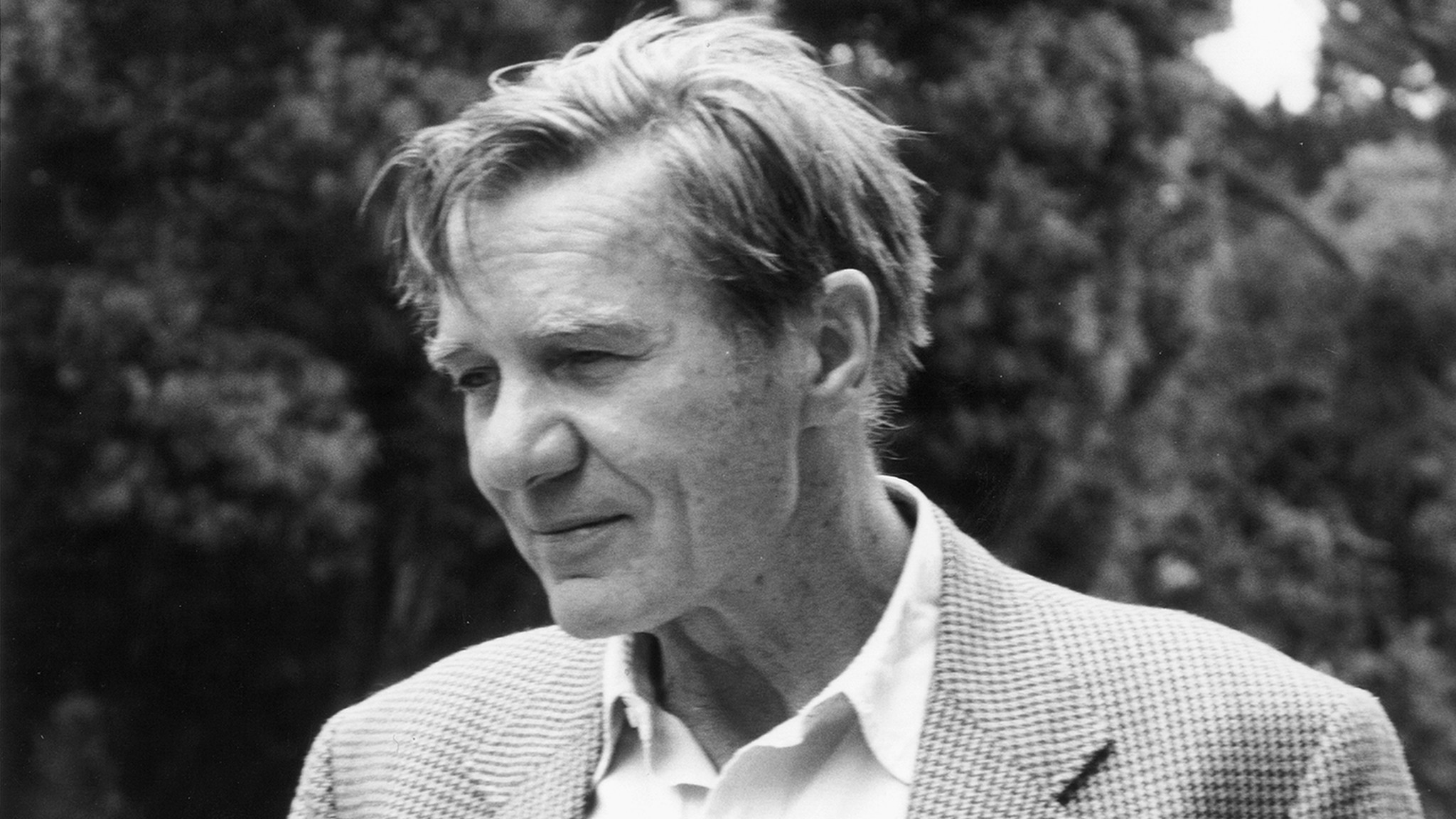 a biography of galway kinnell a poet Galway kinnell (born february 1, 1927) is a pulitzer prize-winning american poet and academic he served as poet laureate of vermont born in providence, rhode island, kinnell said that as a.