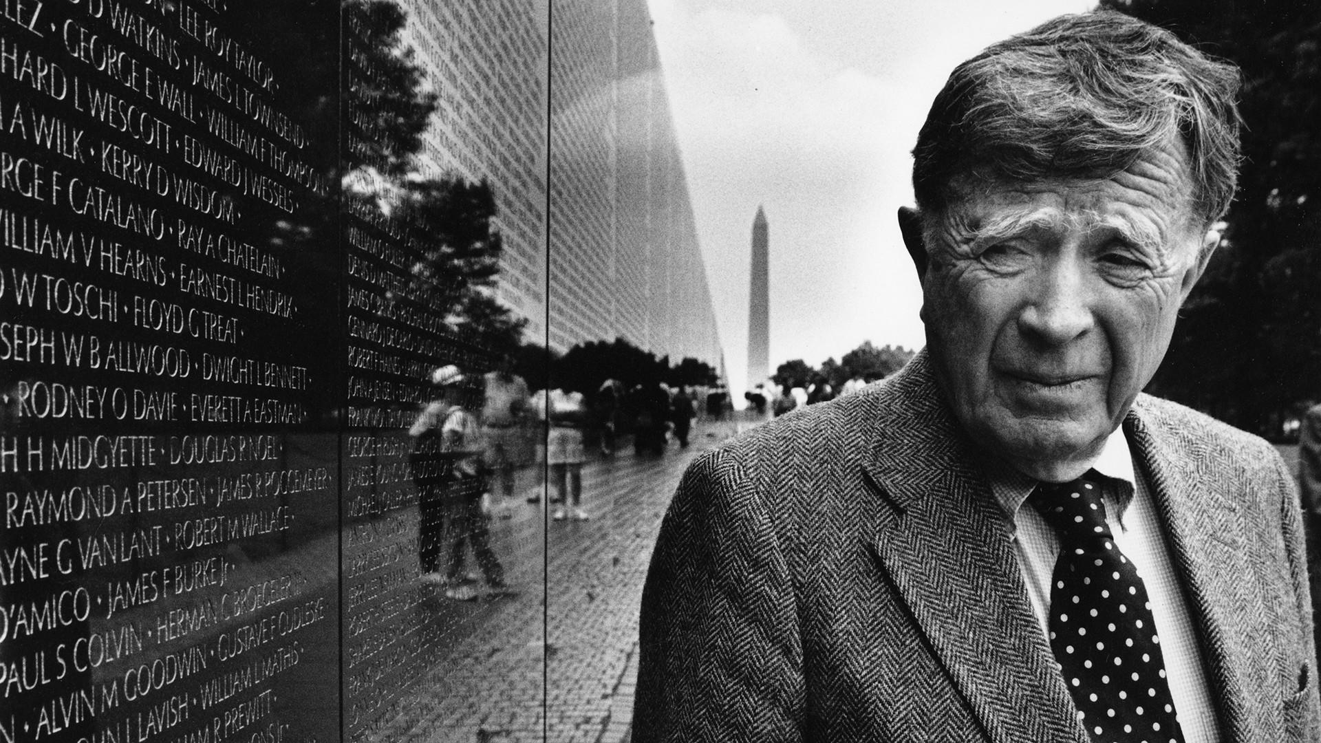 Historian had major impact on architecture and cities, including Chicago