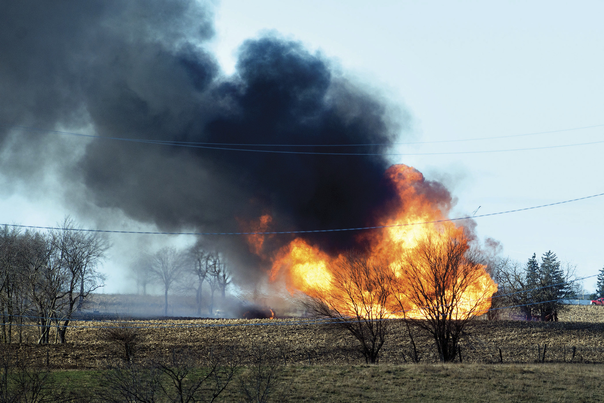 2 dead after farm equipment triggers natural gas explosion in northern Illinois
