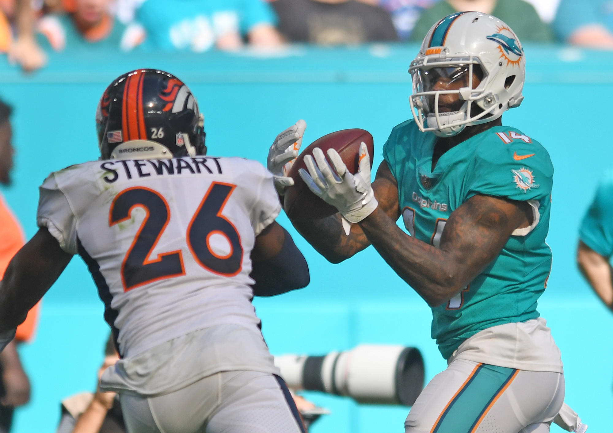 Fl-sp-dolphins-notes-20171207