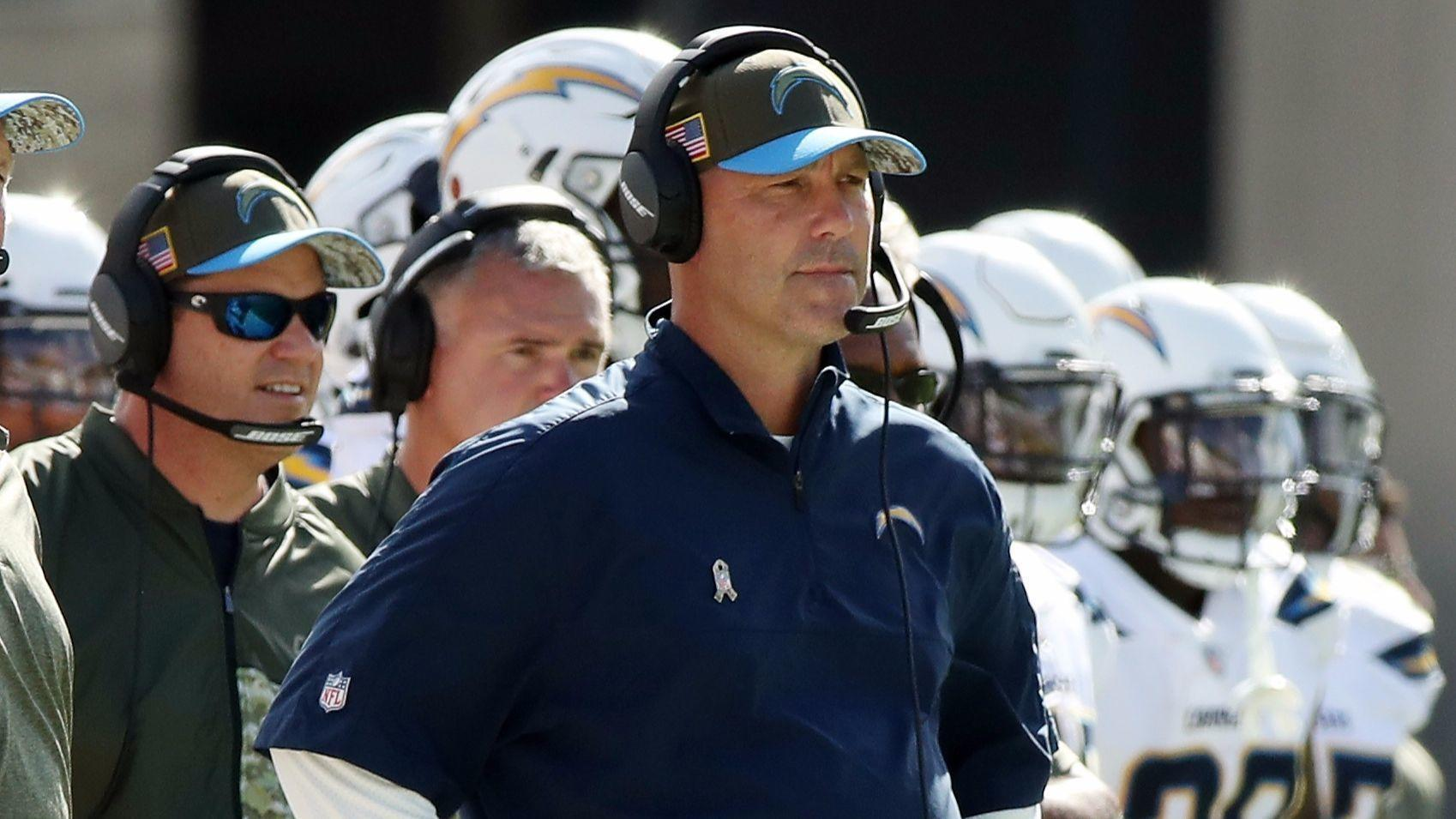 Sd-sp-chargers-defense-gus-bradley-20171207