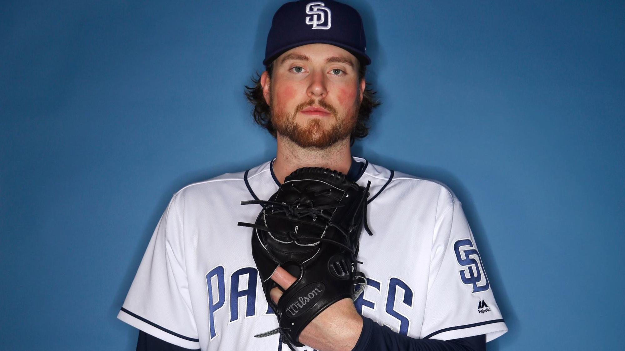 Sd-sp-padres-roster-review-carter-capps-20171208