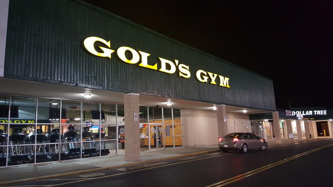 Gold's Gym location shuts down, angering members