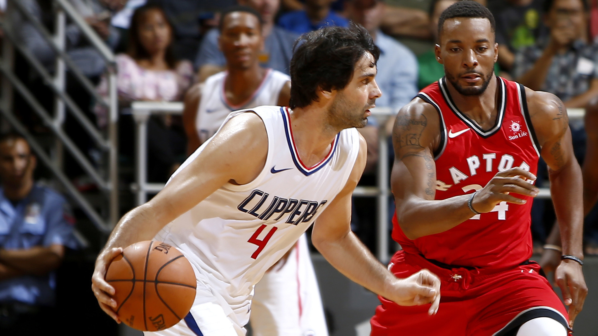 Milos Teodosic practices again with Clippers, but his return to games is uncertain