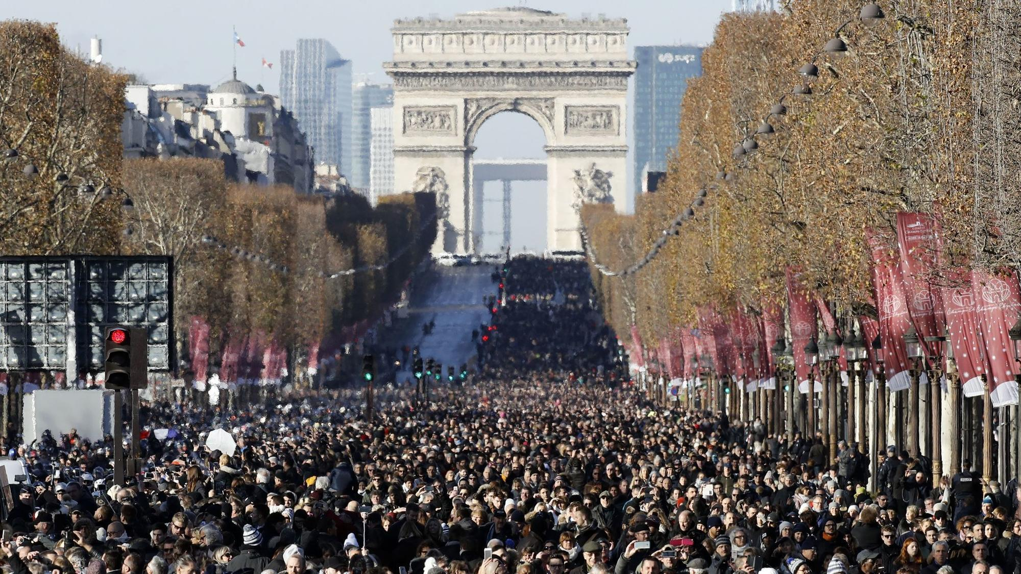 Johnny Hallyday Death >> Johnny Hallyday's fans fill Paris streets to bid adieu to 'French Elvis' - LA Times
